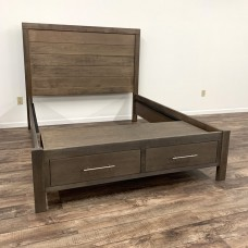 Auburn Bay Planked Bed